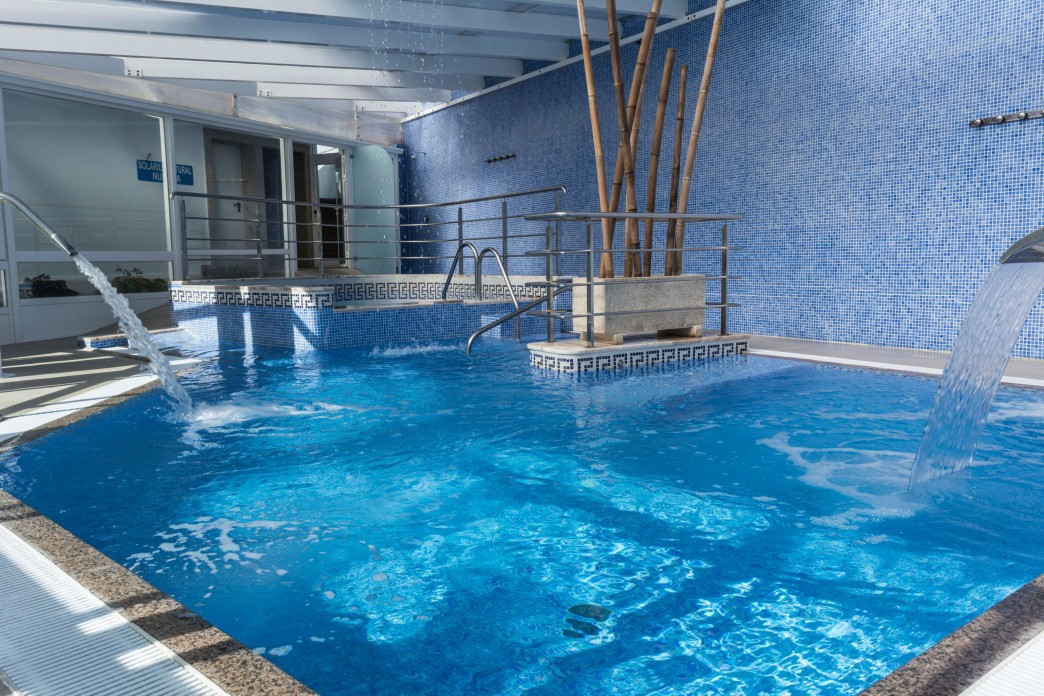 Hotel Nuevo Vichona Spa .jpg